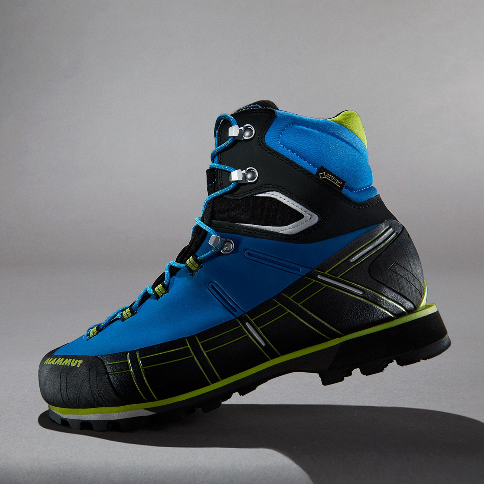 02tested-5-trekking-boots-find-best-outdoors-style-