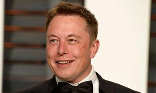 """Twitter Slams Elon Musk After He Calls Thai Rescue Diver a """"Pedo"""""""