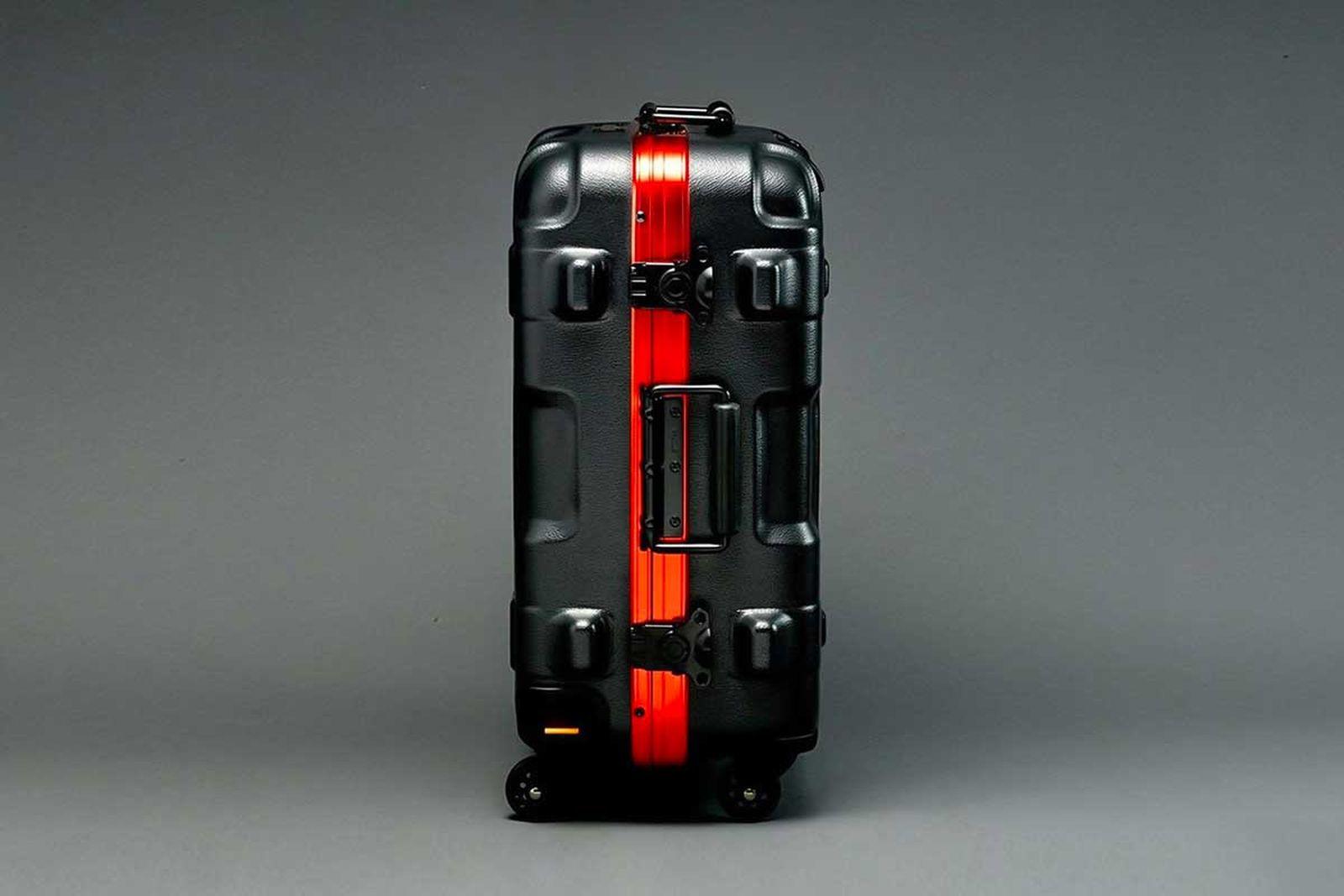 gundam-suitcase-6