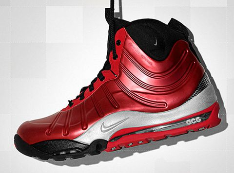 finest selection 99c8c ab1b7 ... ACG Posite Bakin mates superior cushioning and full length air with the  style and support of lightweight Foamposite for one futuristic looking boot.