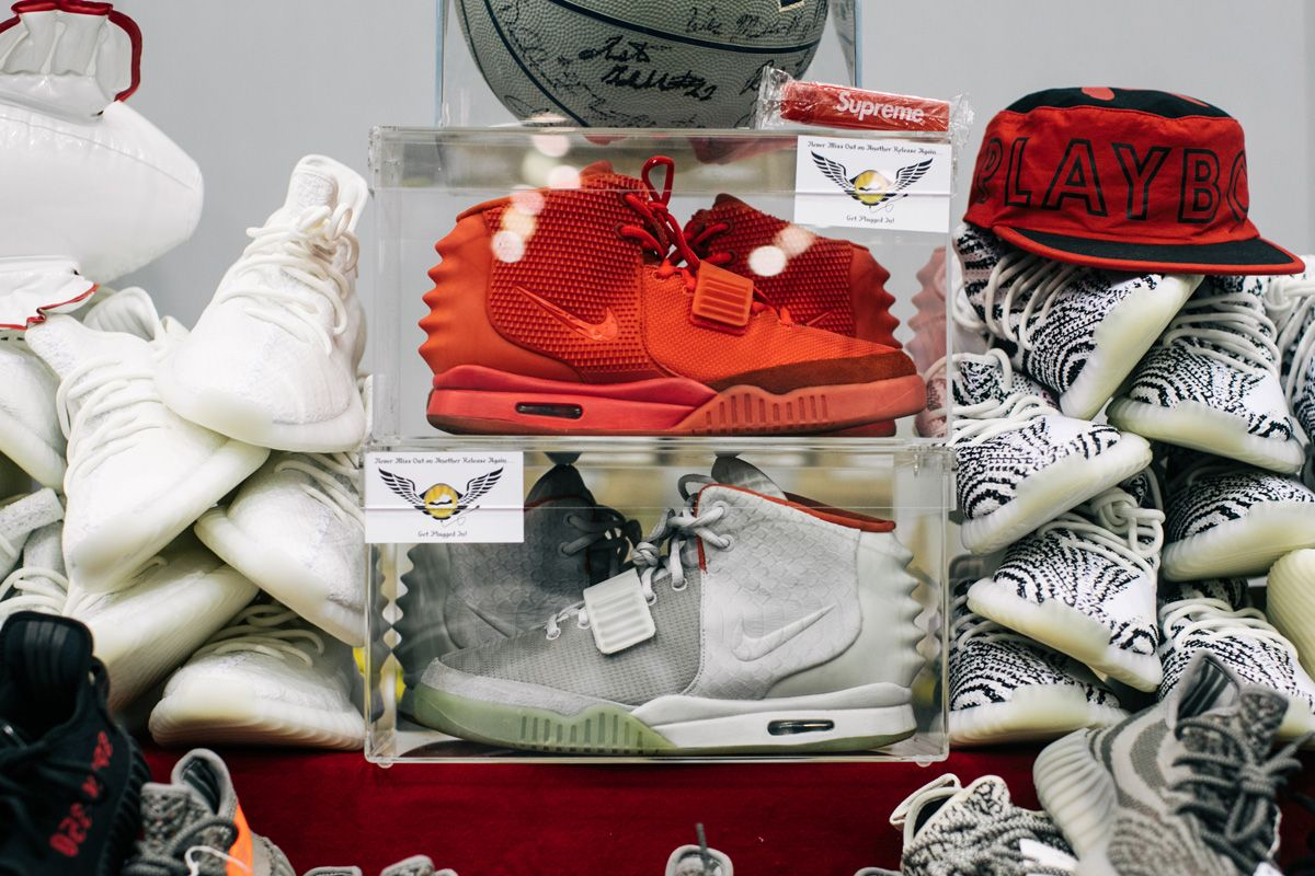 aa983656111a Why YEEZYs Will Never Be the iPhone of Sneakers