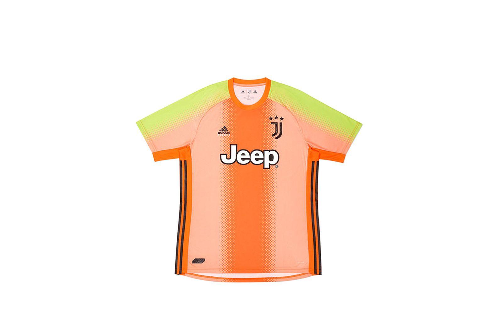 Palace-2019-Adidas-Juventus-Shirt-Training-pink-19608