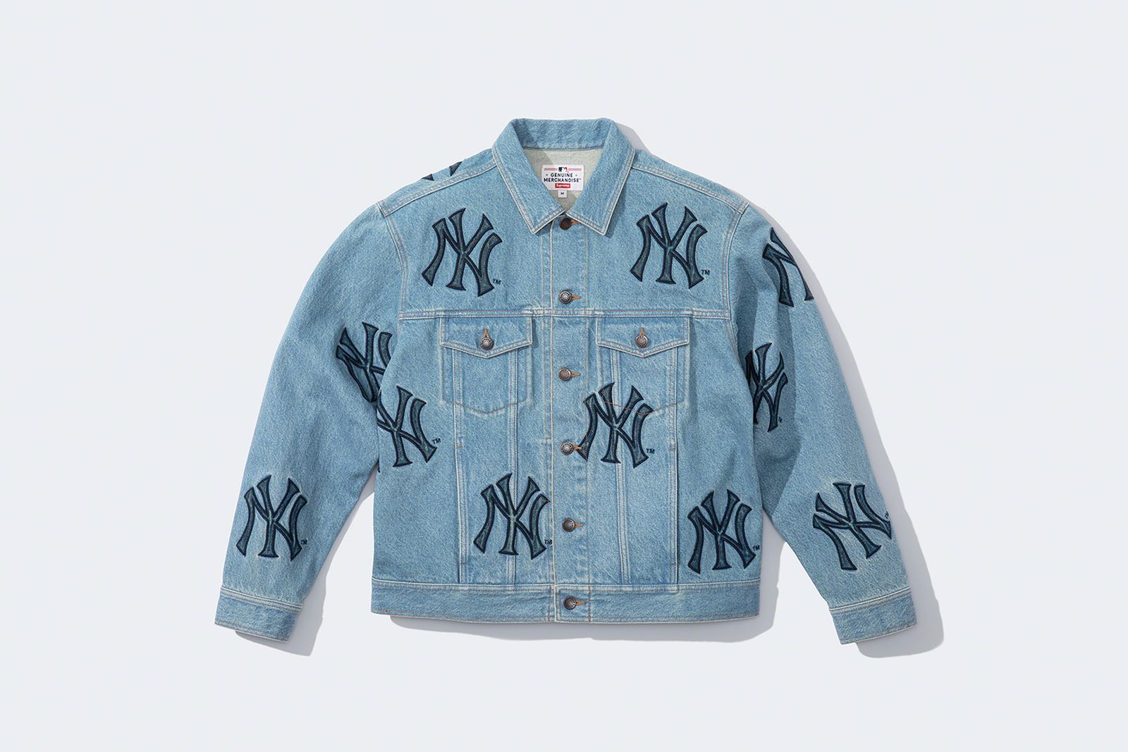 supreme-new-york-yankees-fw21-collection-20