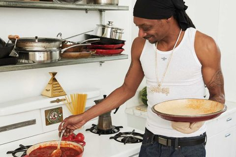 snoop dogg thanksgiving recipes From Crook to Cook