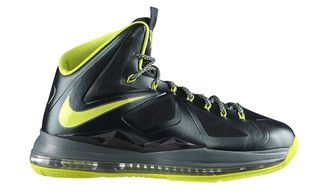 "Nike LeBron X ""Dunkman"" Is Out Now"