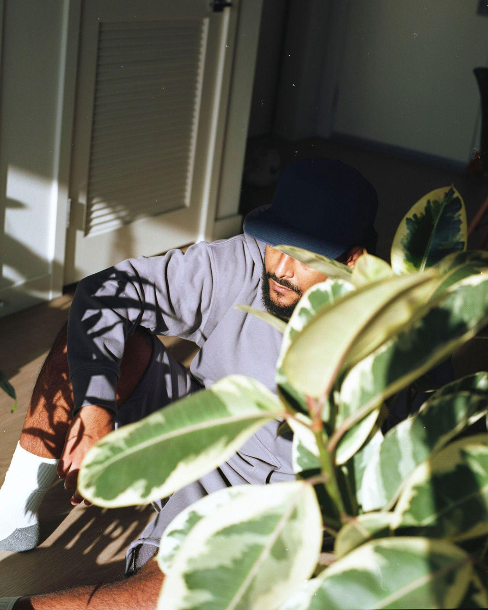 plant-man-p-hm-blank-staples-new-011