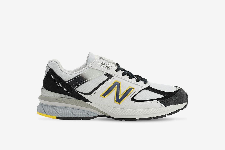 990 V5 Sneakers