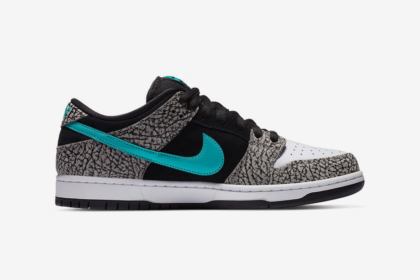 "Nike SB Dunk Low ""Elephant"""