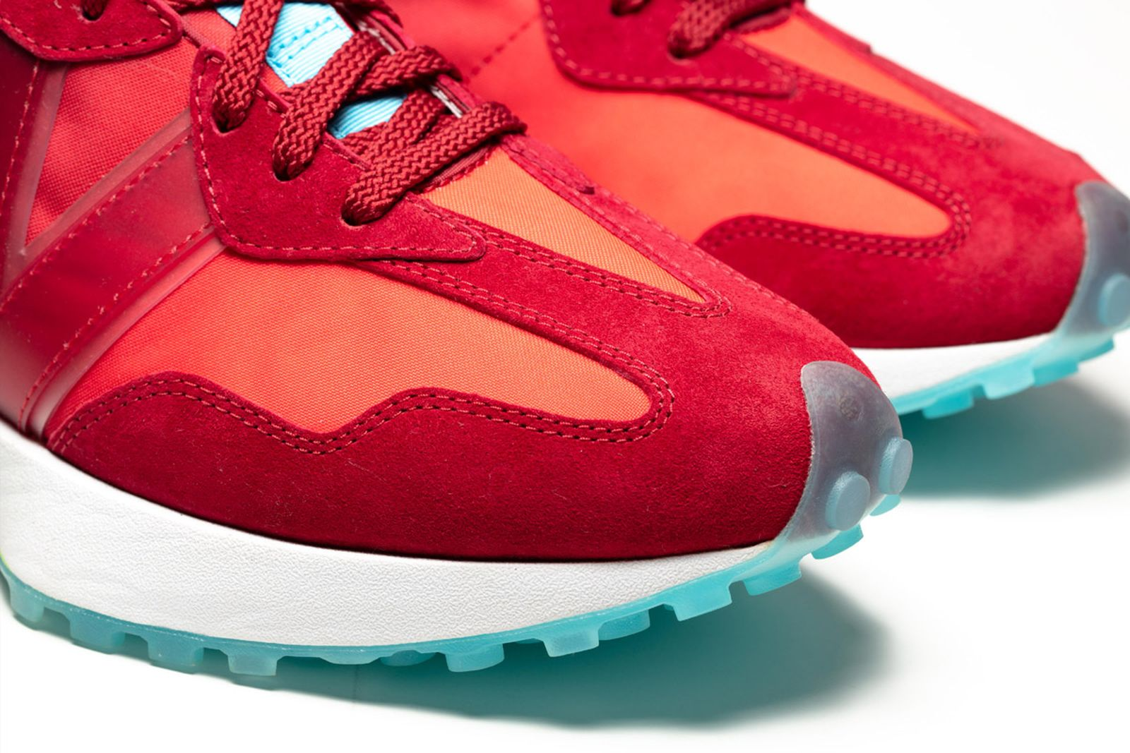 11new-balance-concepts-cranberry-product-shots