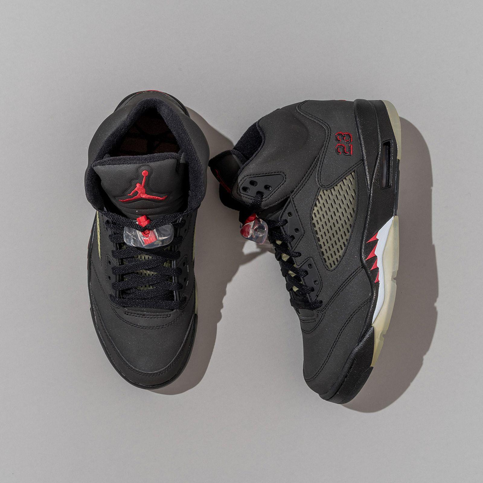 brad-hogan-jordan-sneaker-collection-02 2