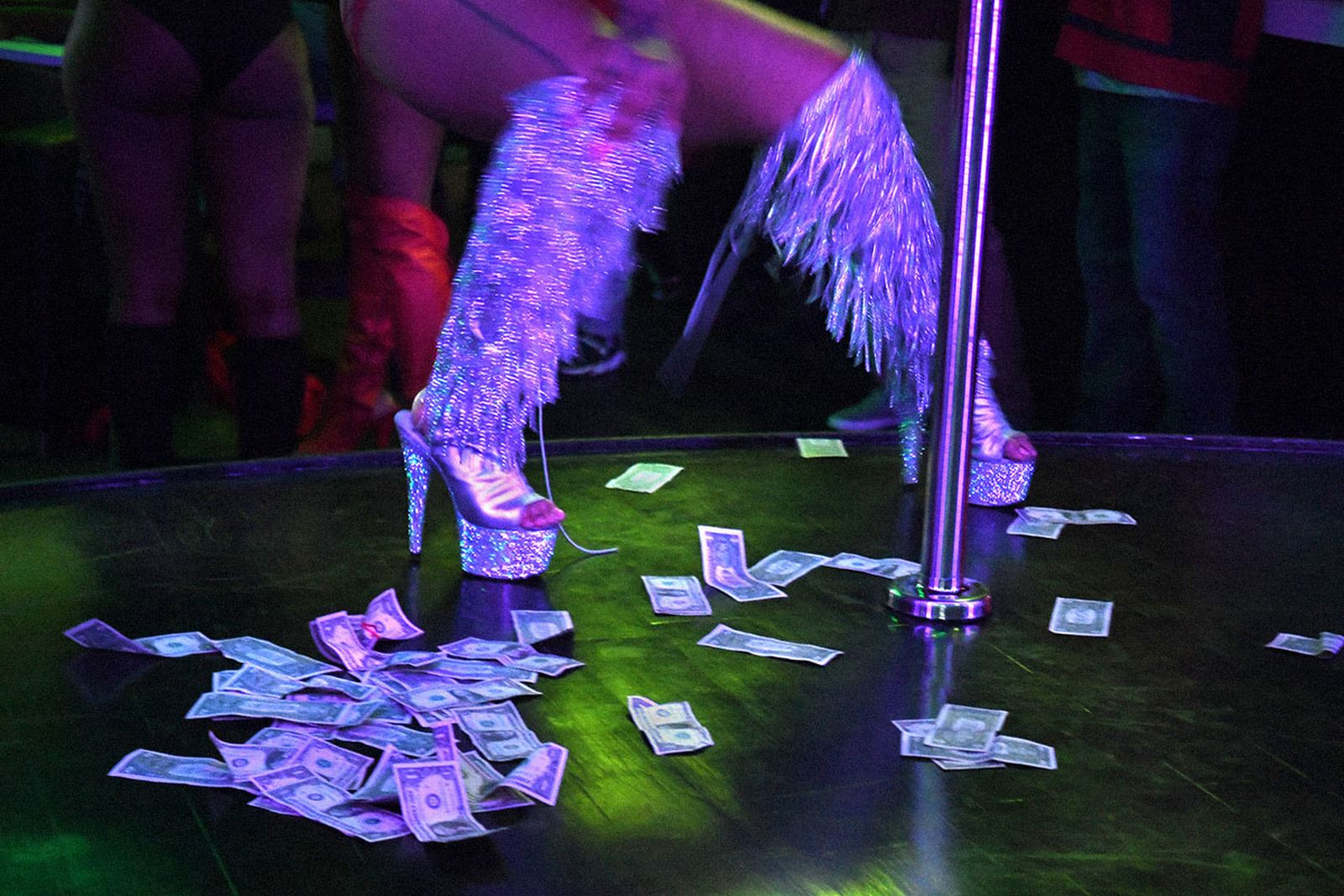 strip-club-main