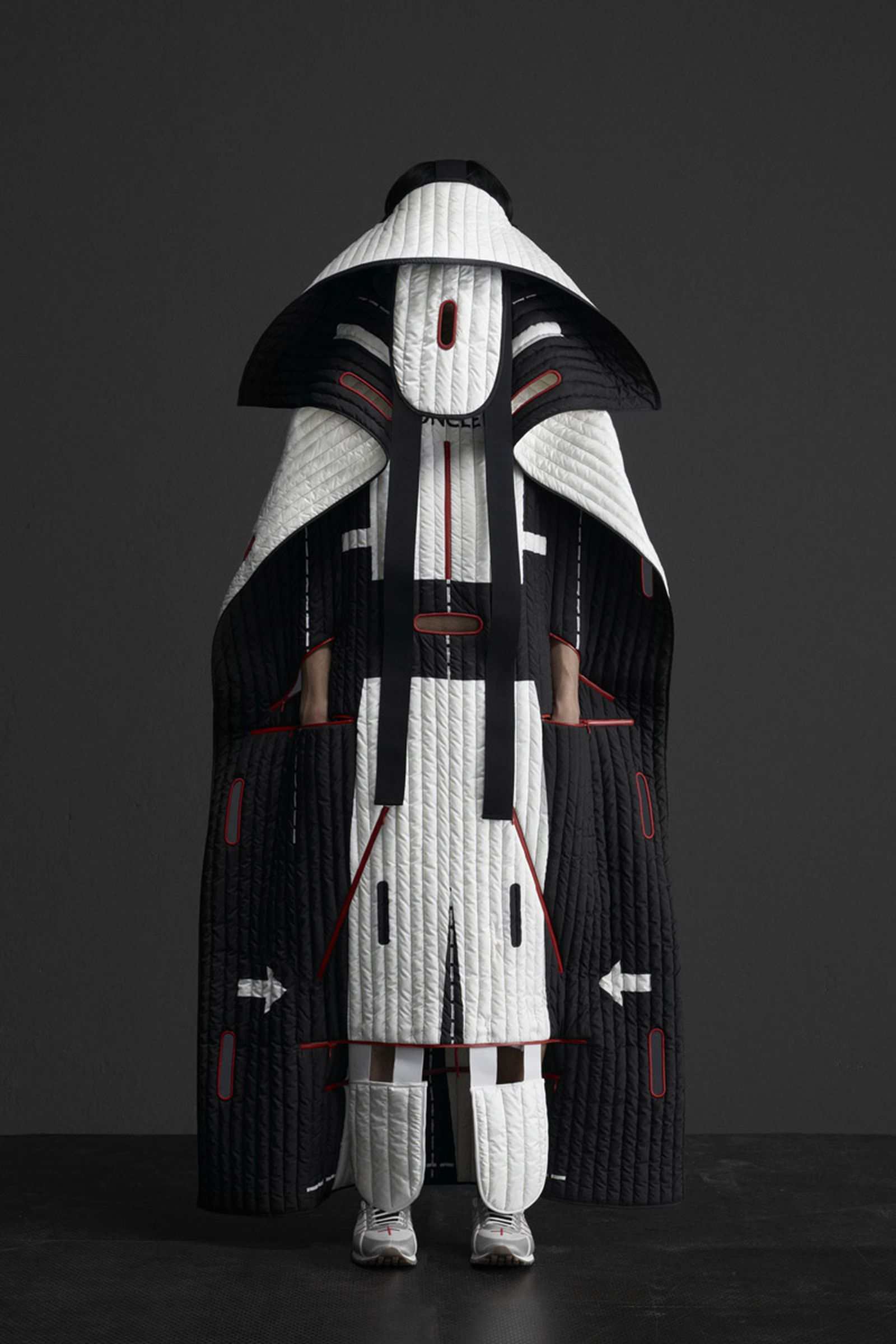 5 MONCLER CRAIG GREEN_COLLECTION IMAGES (1)