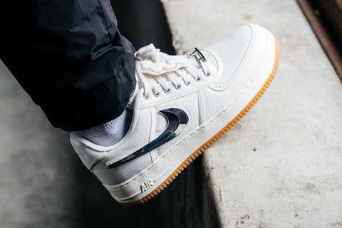 travis scott nike air force 1 best instagram sneakers KAWS Nike React Element 87 OFF-WHITE c/o Virgil Abloh