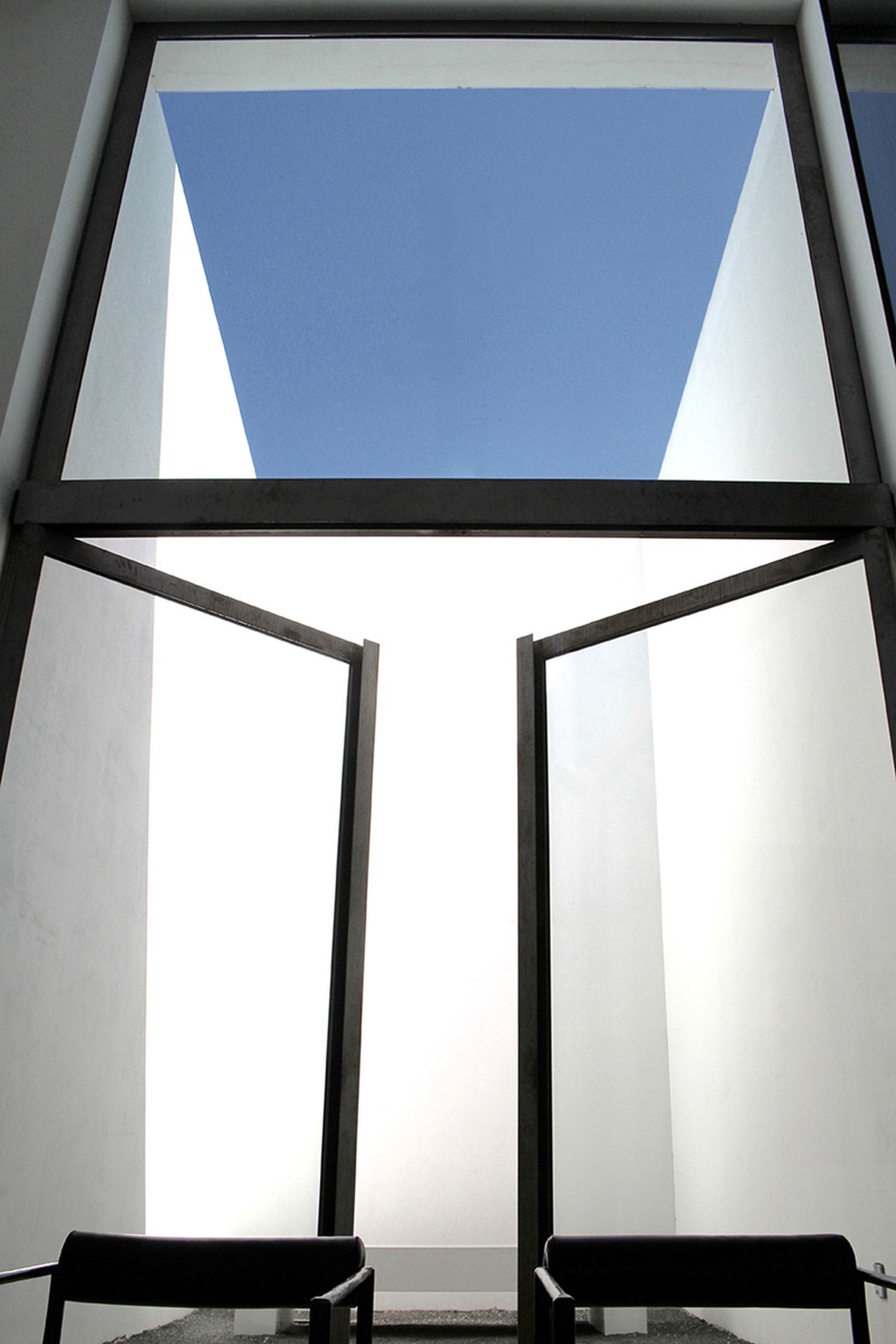 game-changers-best-store-interiors-changed-fashion-rick-owens-08