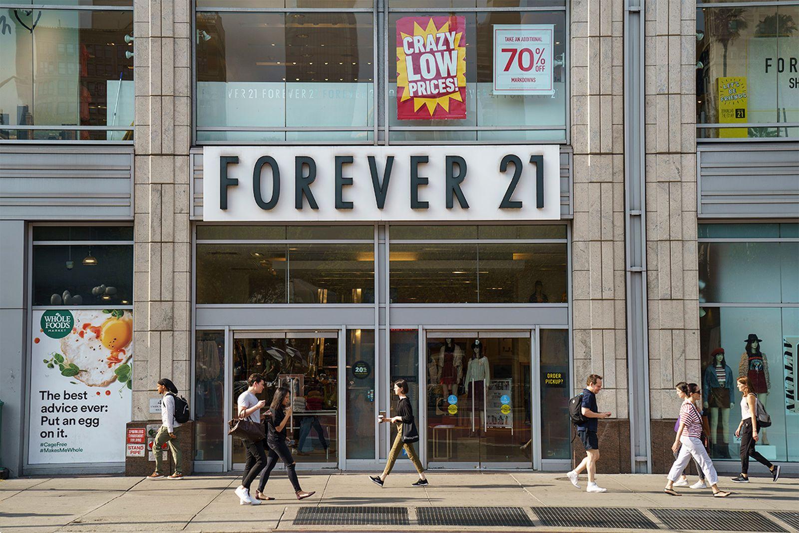 Forever 21 bankruptcy storefront
