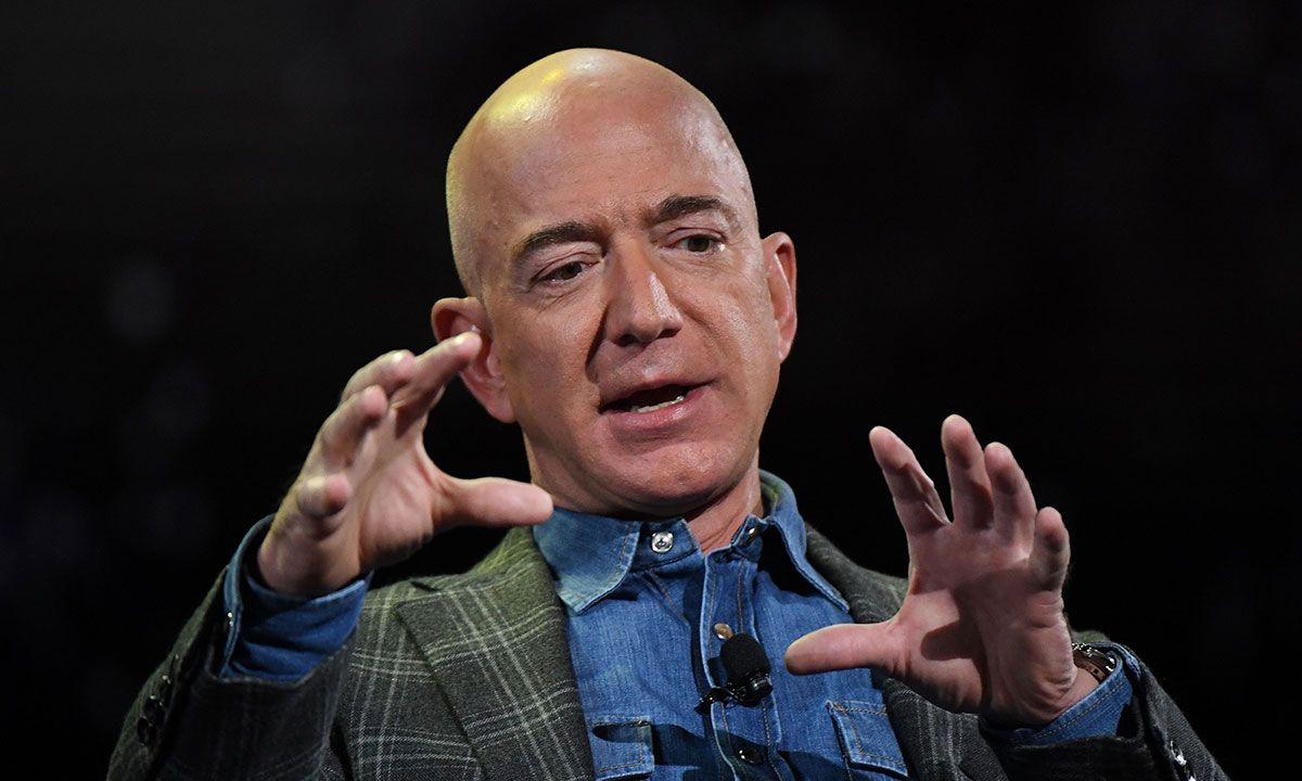 Jeff Bezos, Richest Man on Earth, Apparently Has Decent Taste in Swim Shorts