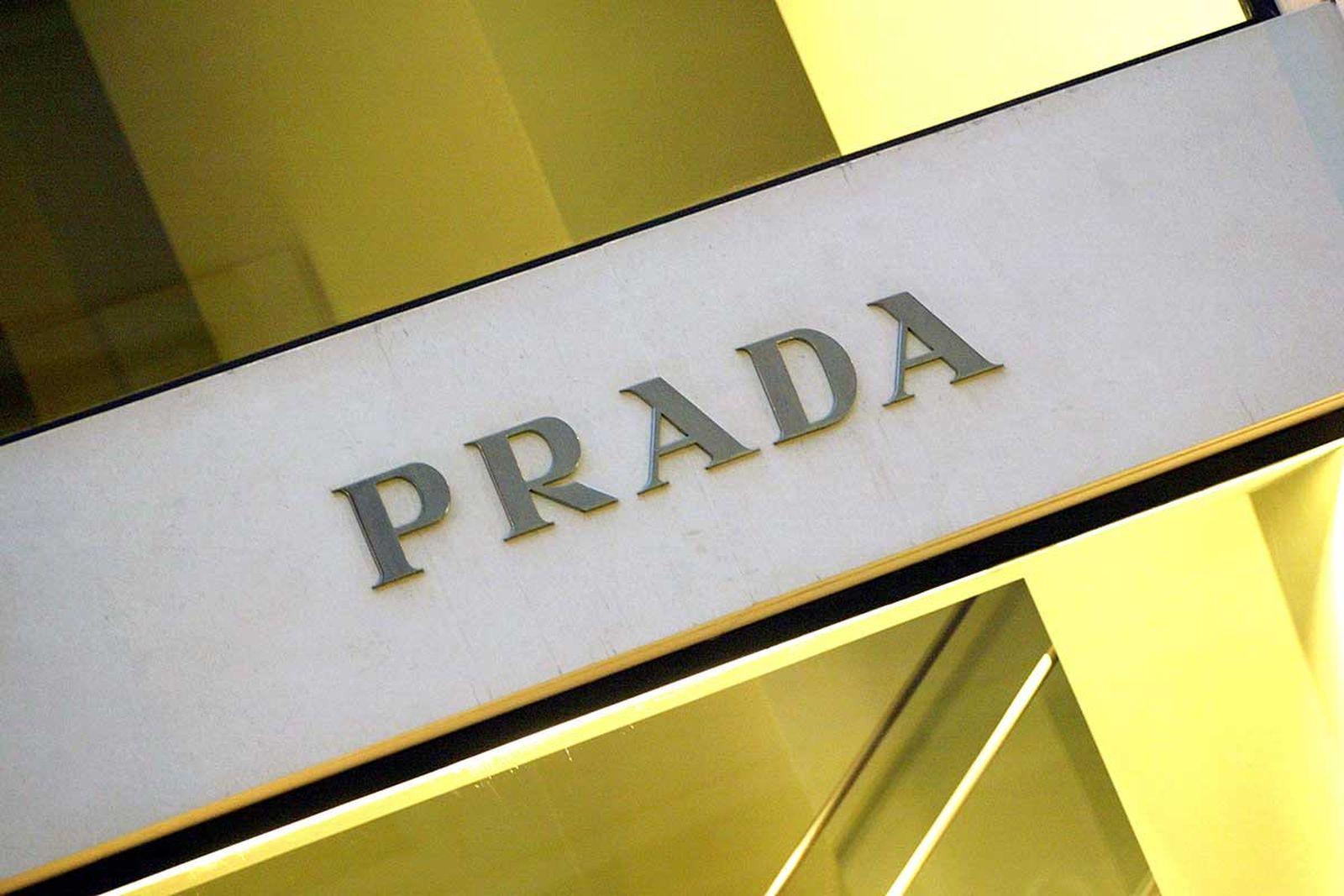 Prada store logo