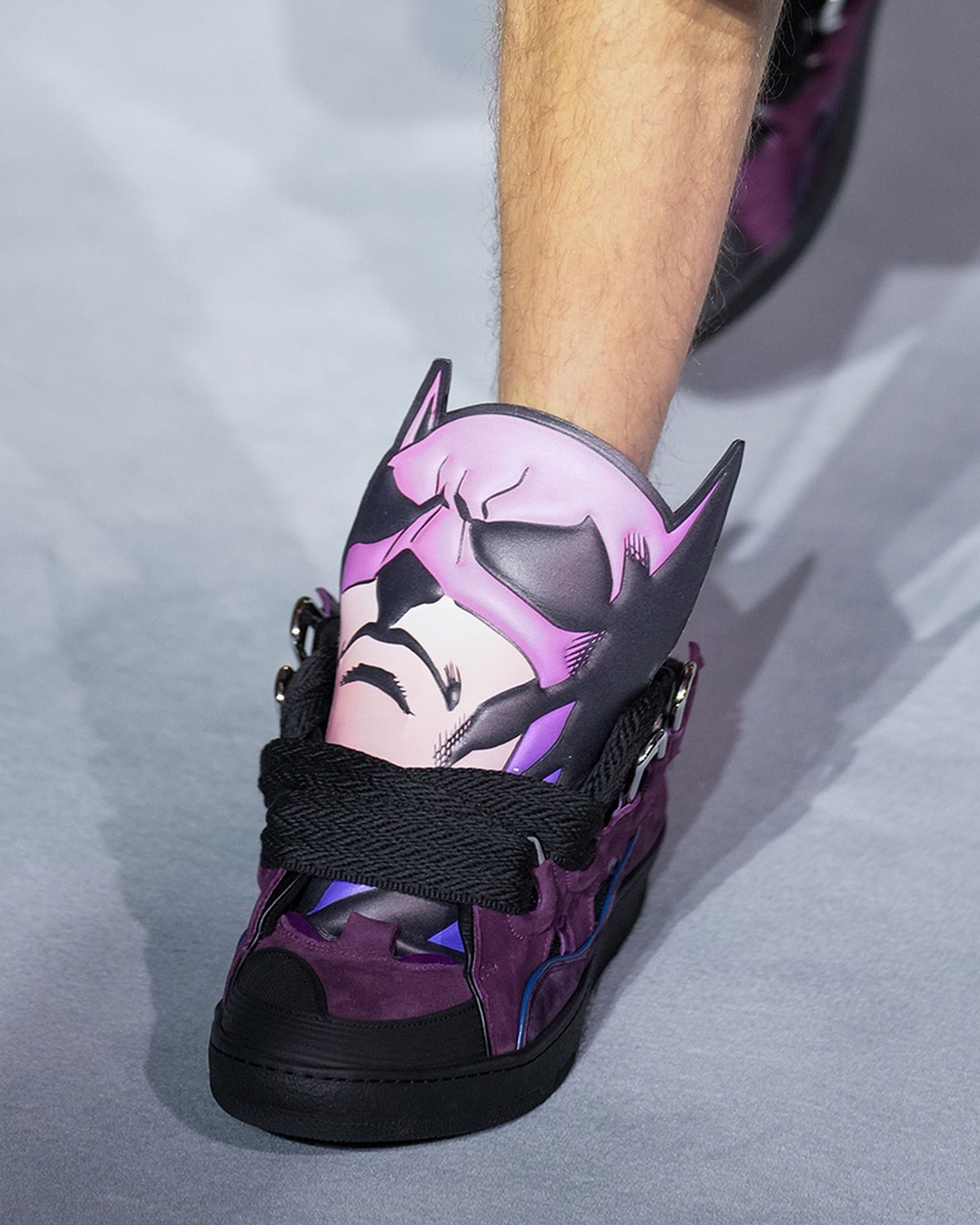 fashion-week-ss22-sneaker-roundup-03