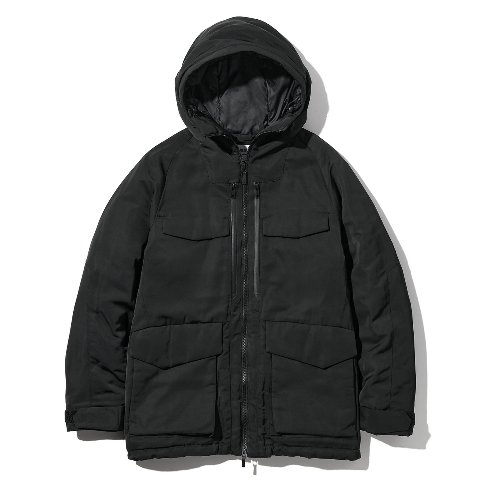 white-mountaineering-uniqlo-fw21-collection-release-info-4