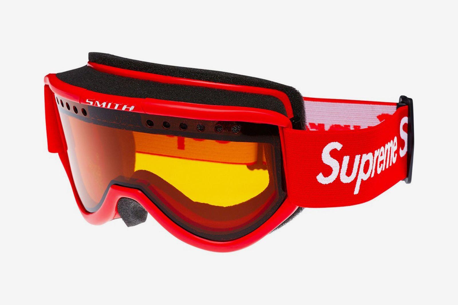 supreme smith optics ski goggles 3 1200x800 The North Face