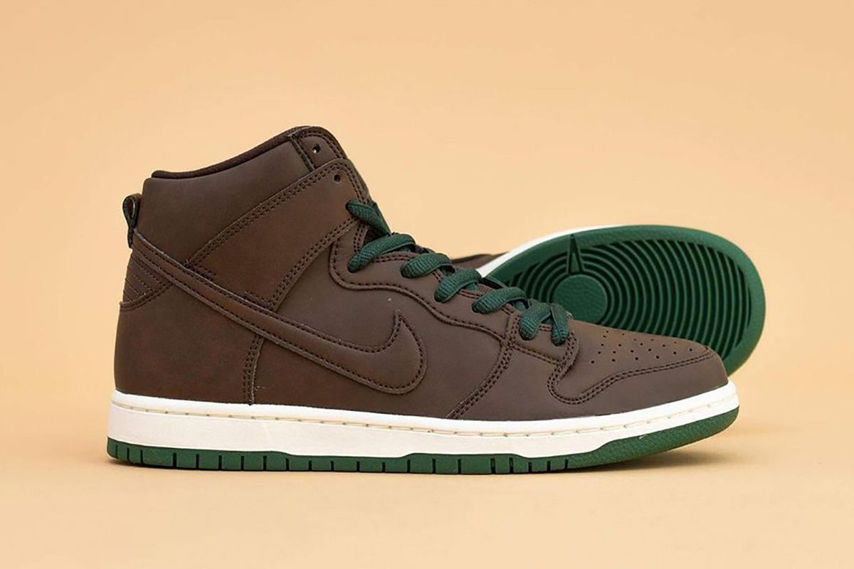 Club 58 Dresses SB Dunks in Blue Suede & Other Sneaker News Worth a Read 47