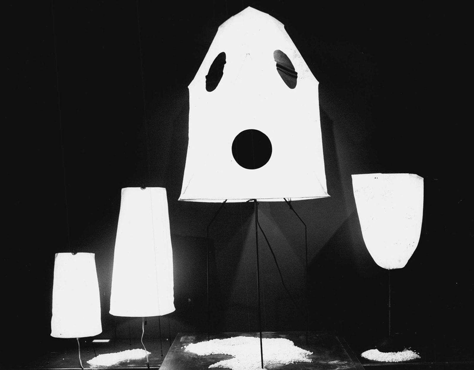 ode-noguchi-akari-lamp-mid-century-lighting-grail-ages-03