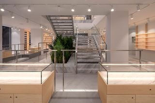 41cd552aa6011d END. Opens New Flagship Store in Central London