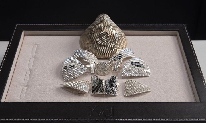 Yvel gold diamond face mask