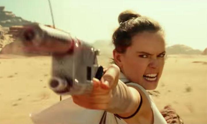 Rey gun Star Wars: The Rise of Skywalker clip