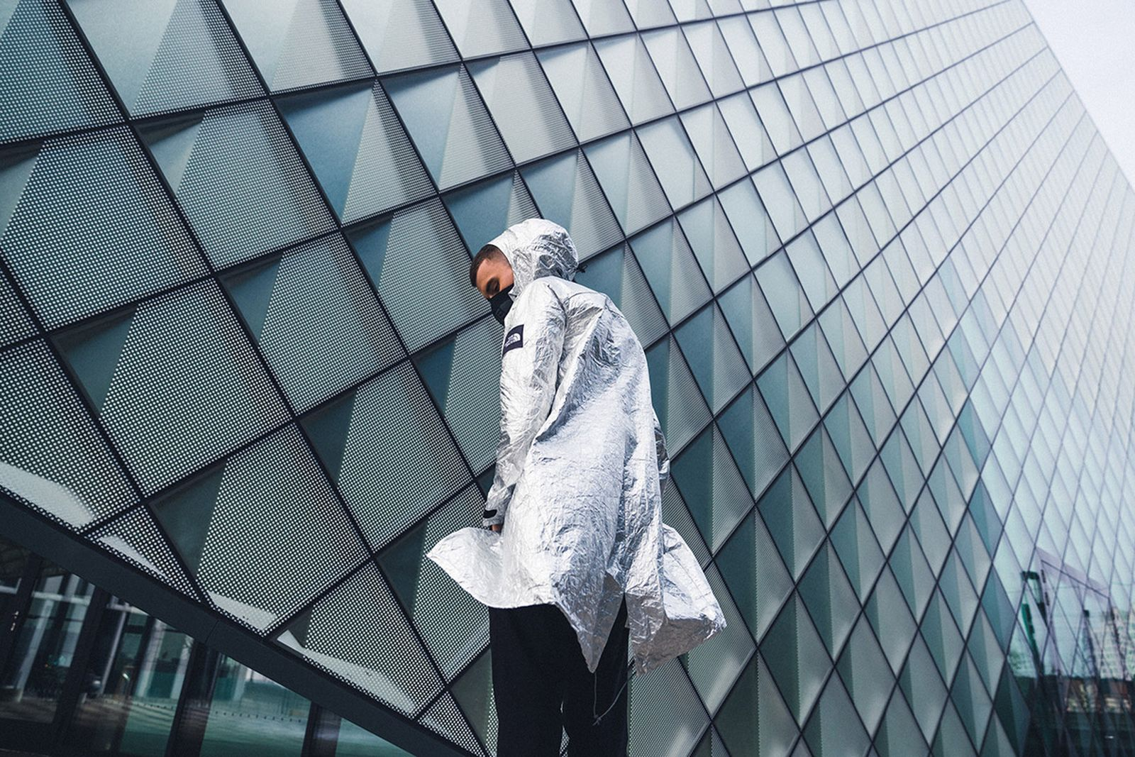 the-north-face-black-series-tyvek-aluminium-collection-22