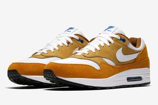 """new styles 888b9 1f367 You Can Cop Nikes Extra Spicy Air Max 1 """"Curry"""" Pack Today"""