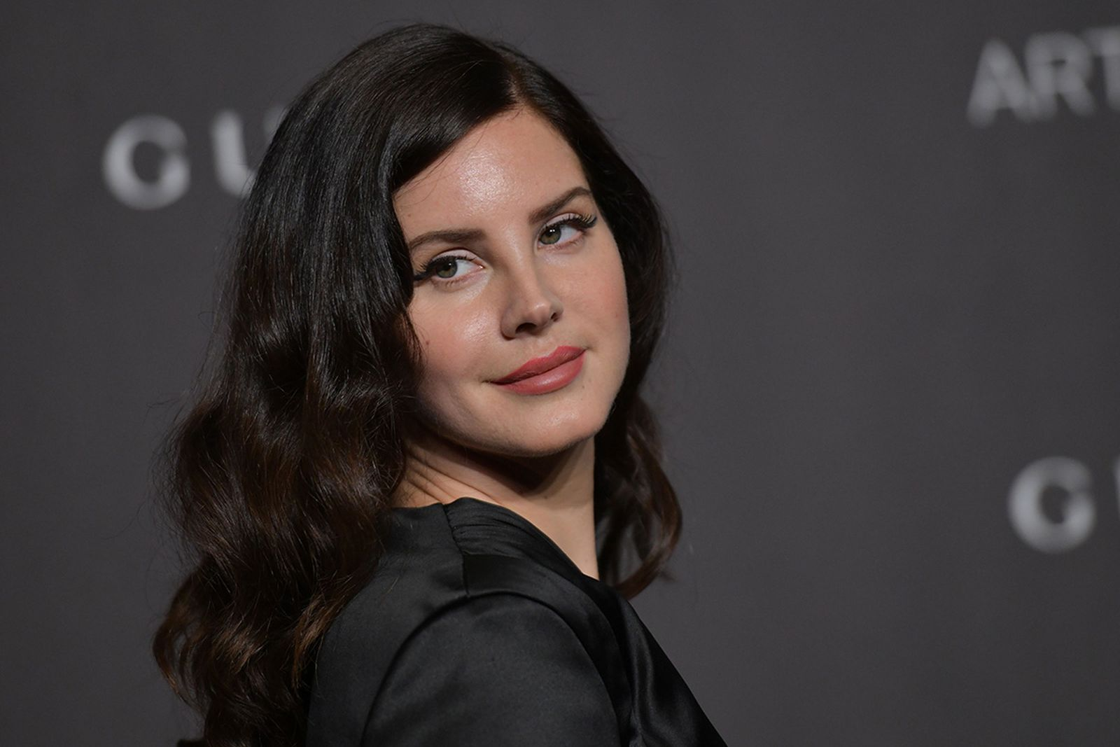 lana del ray hope is a dangerous thing stream lana del rey