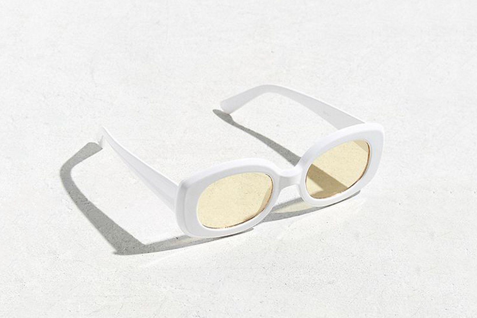 UO Plastic Oval Sunglasses