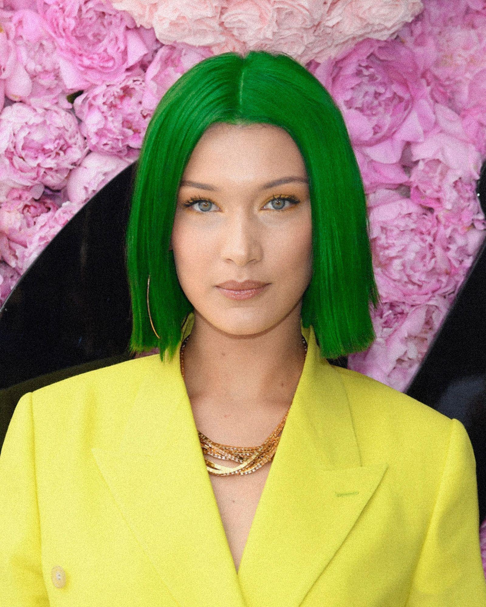sgp-hair-dye-Bella_Hadid_green_FIN