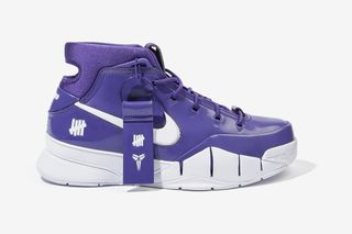 new product 5399d a77b4 How to Cop UNDEFEATED's Hong Kong-Exclusive Friends & Family Nike Zoom Kobe  1 Protro