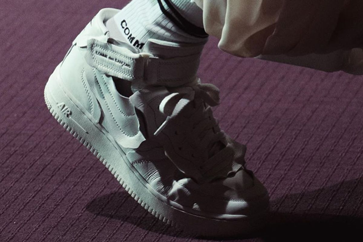 COMME des GARÇONS' New Nike Air Force 1 Mids Are Very On Brand 1