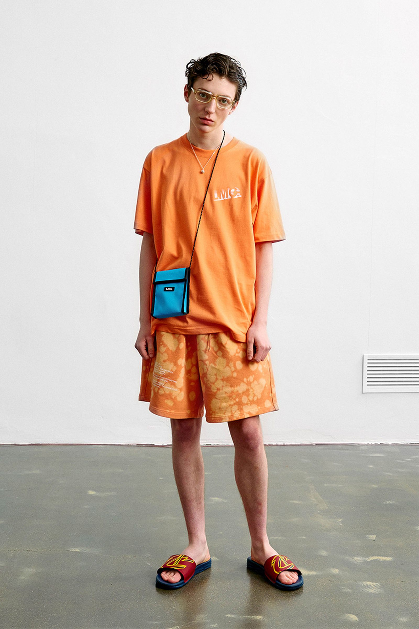 17LMC summer 19 lookbok pleasures