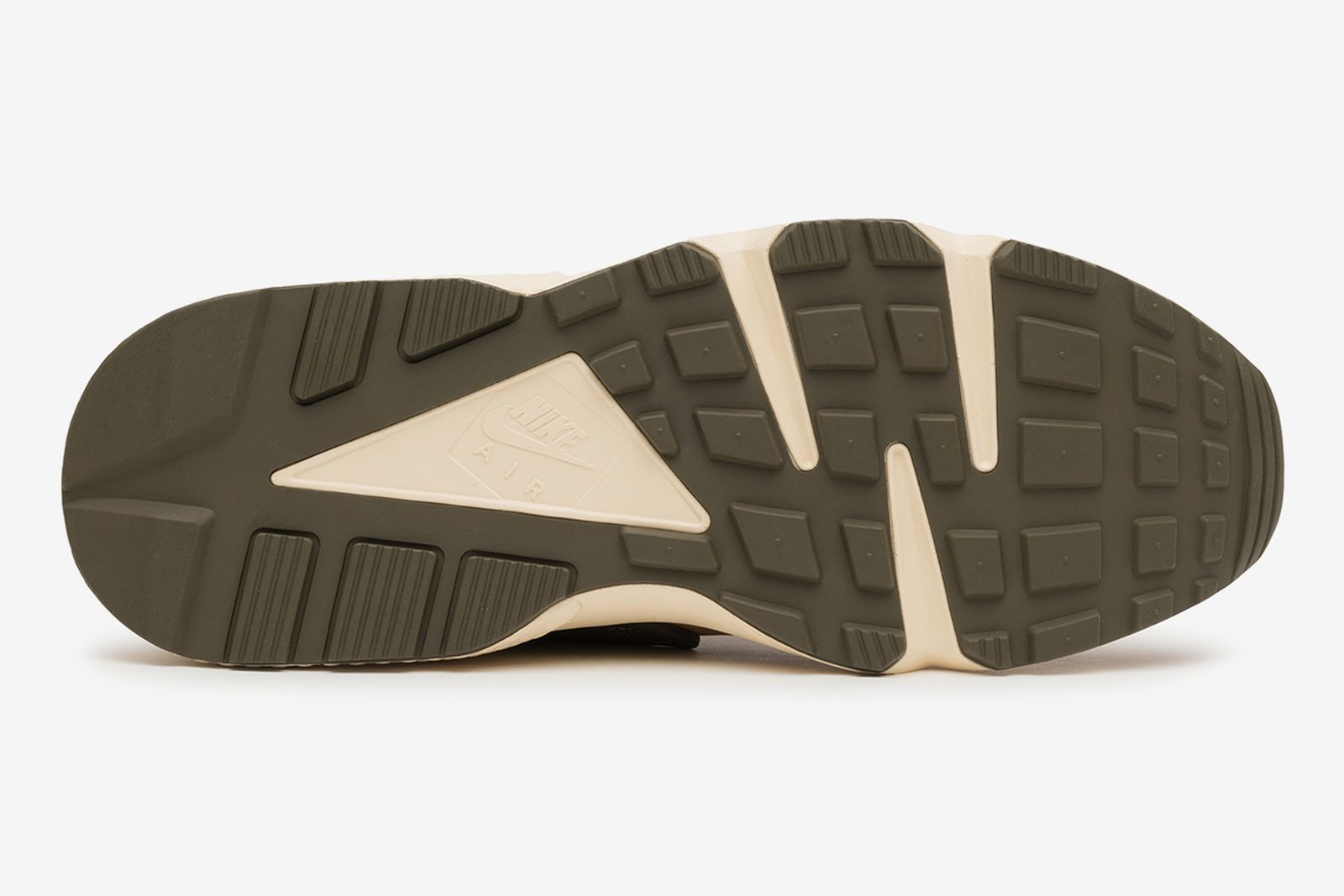 stussy-nike-huarache-le-ss21-release-date-price-1-13