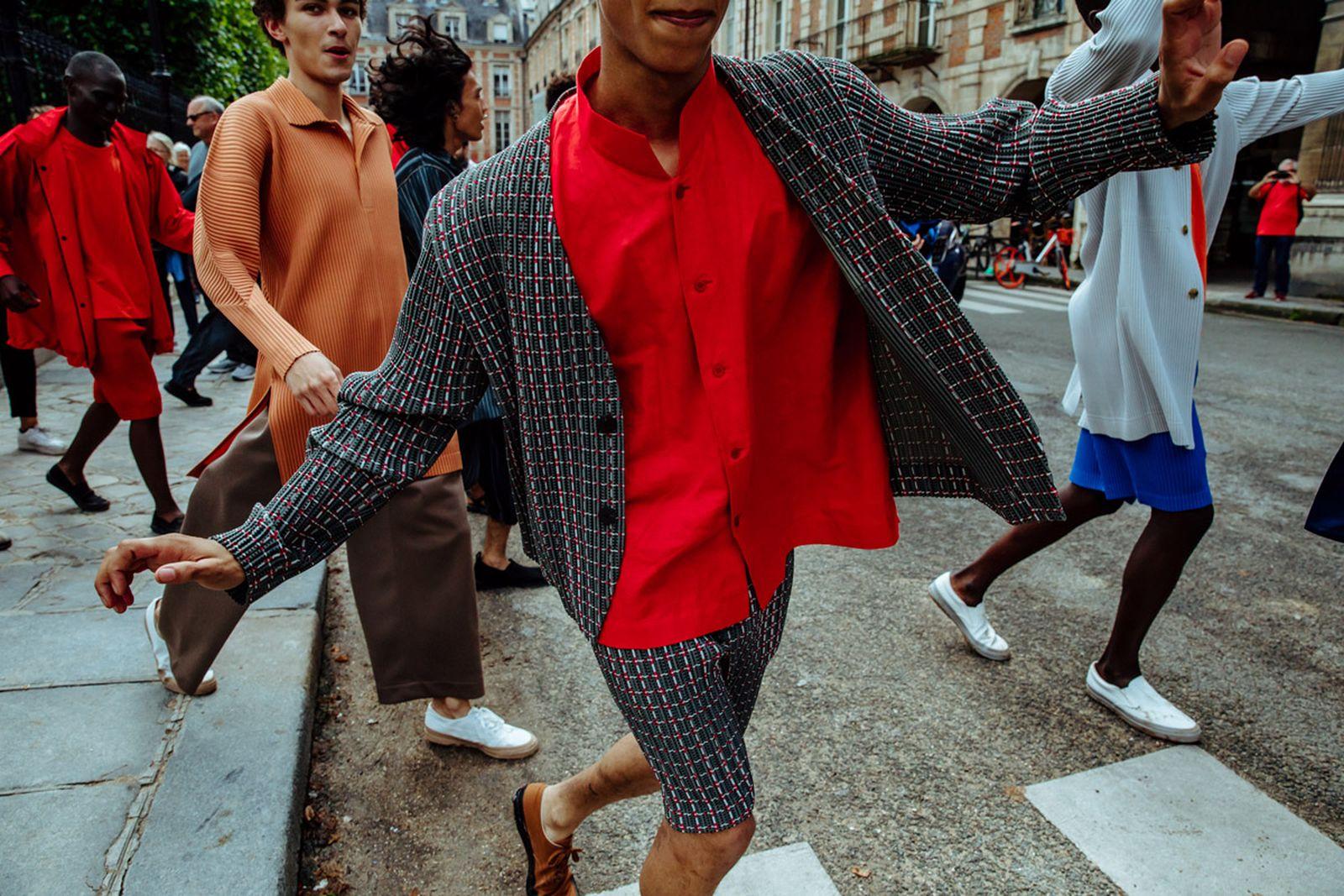 MSS20 Paris IsseyMiyake JulienTell ForWeb 18 Issey Miyake HOMME PLISSÉ paris fashion week runway