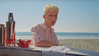 troye sivan lucky strike video