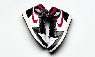 """more photos 20743 54d74 Air Jordan 1 """"Bred Toe""""  An Early Pair is Selling for  10,000 Now"""