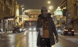 """Valee Roams the Wintry Streets of Chicago in Slow-Paced """"Vlone"""" Video"""