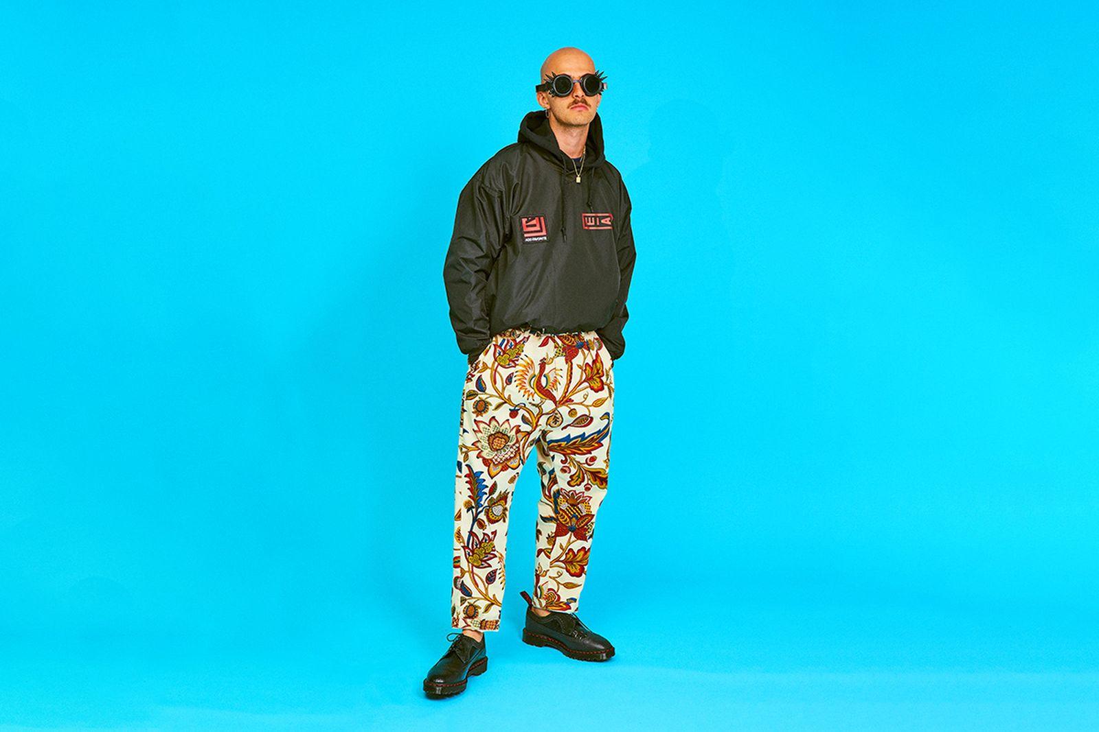 AiE SS20 paisley pants blue background