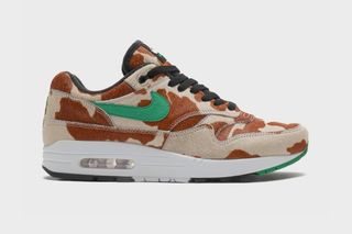 "atmos & Nike's Air Max 1 ""Animal 3.0</p>