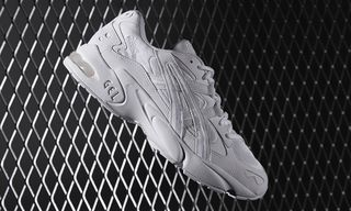 The ASICS GEL-Kayano 5 Is Back in Two Bold New Colorways
