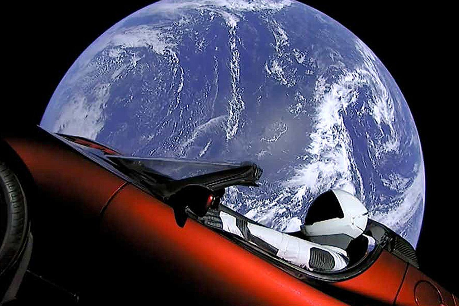 tesla starman roadster first trip around sun Elon Musk SpaceX