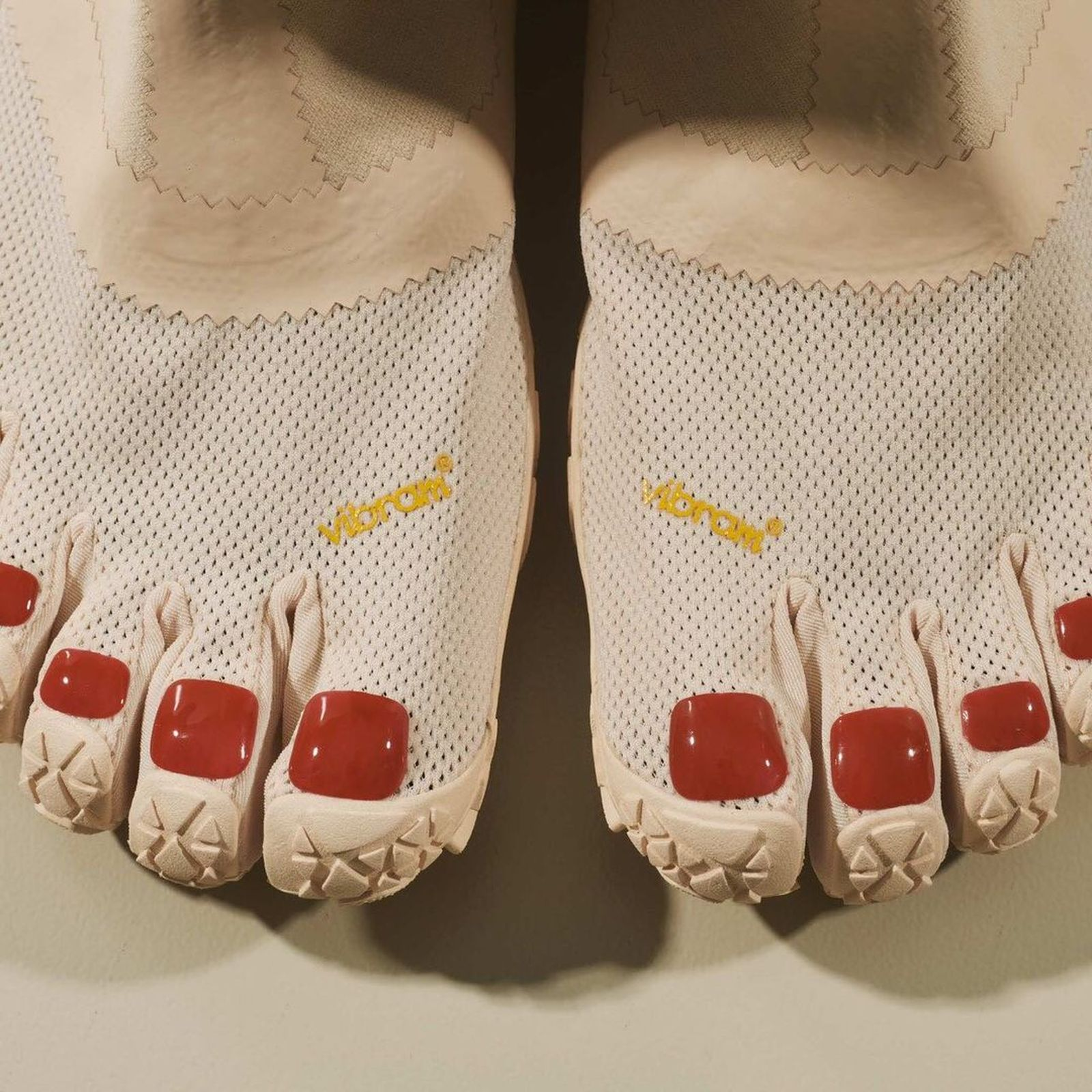 vibram-suicoke-midorikawa-toe-shoe-02