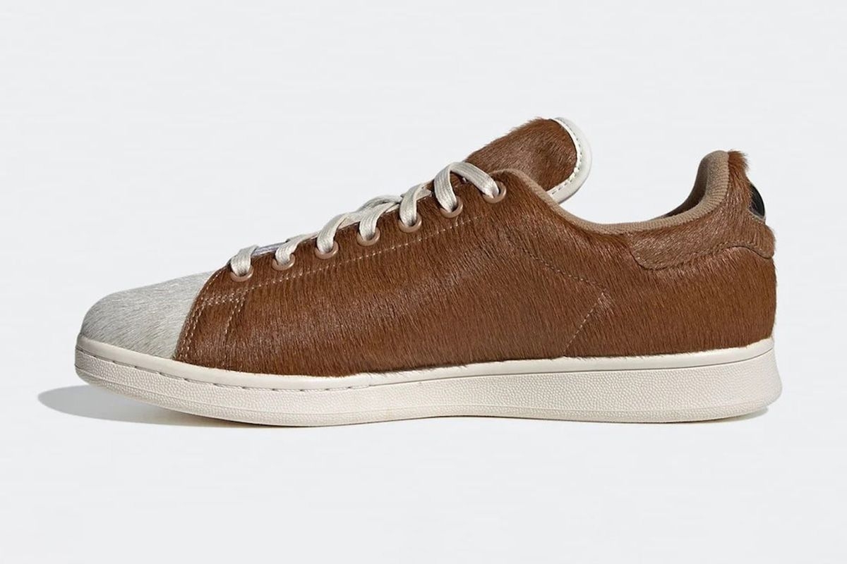 The Stan Smith Gets a 'Gremlins'-Inspired Makeover 3