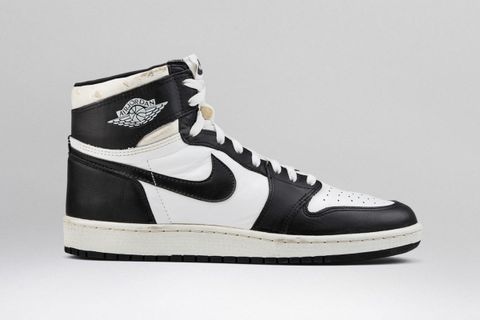 buy popular 114d4 57258 Nike Air Jordan 1 White Black