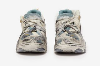 Here s How to Cop the Vetements x Reebok Genetically Modified Trainer f6220d485